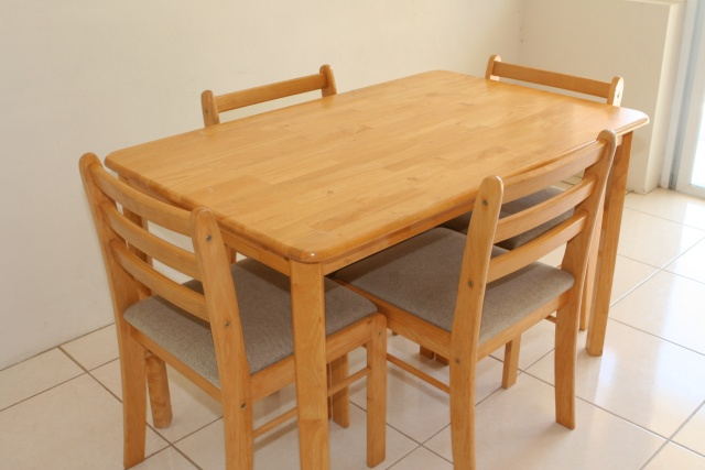 Kitchen Table: $100 [SOLD]