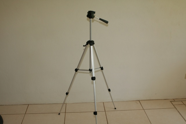 Tripod: $15 [SOLD]